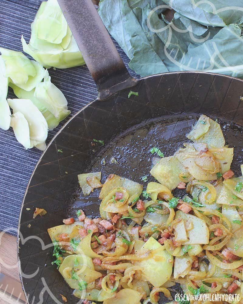 Gebratener Kohlrabi (falsche Bratkartoffeln)   Essen ohne Kohlenhydrate #abendessen #abnehmen #essen...