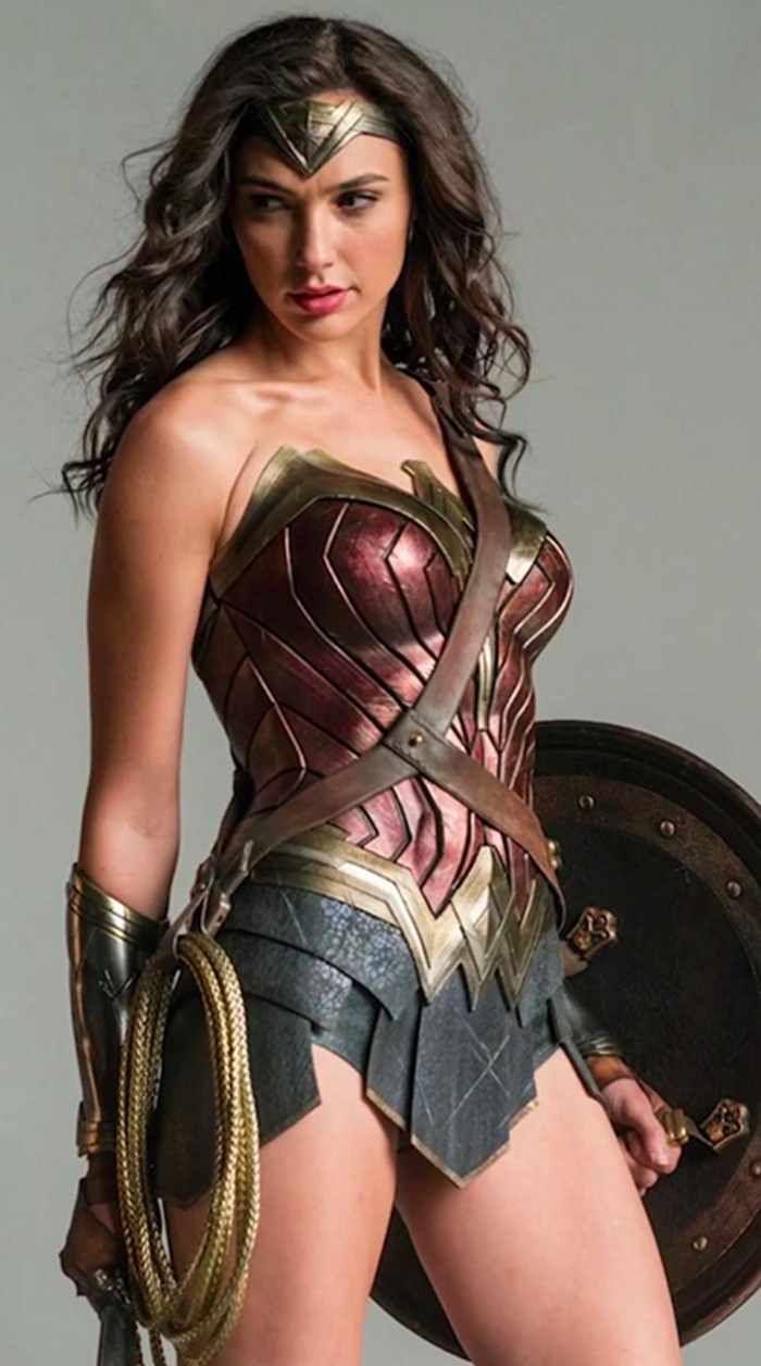 Gal Gadot In Wonder Woman 1984 4k Ultra Hd Mobile Wallpaper Gal Gadot Wonder Woman Wonder Woman Pictures Wonder Woman