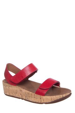 FitFlop - Bon Easy Low Wedge Strap Sandal - Red