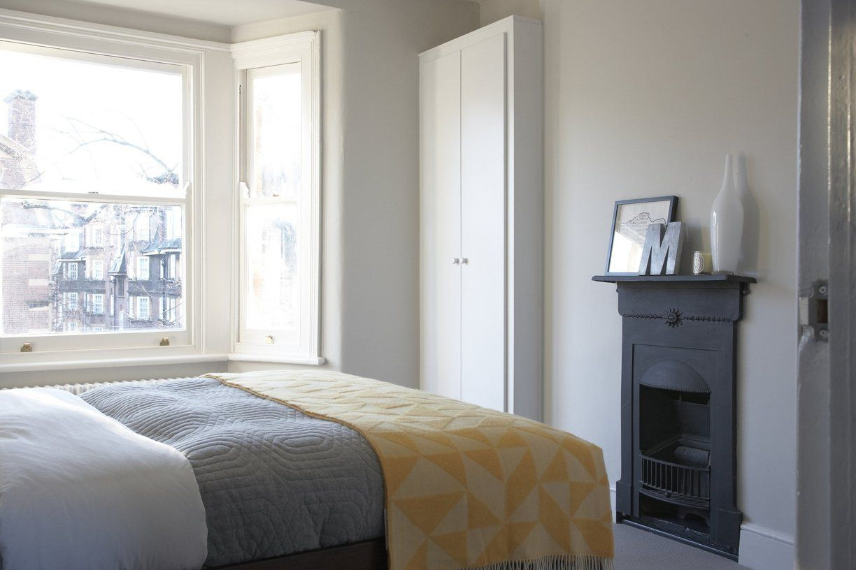 Best A Cool Clean Minimal London Loft Simple Bedroom Design 640 x 480