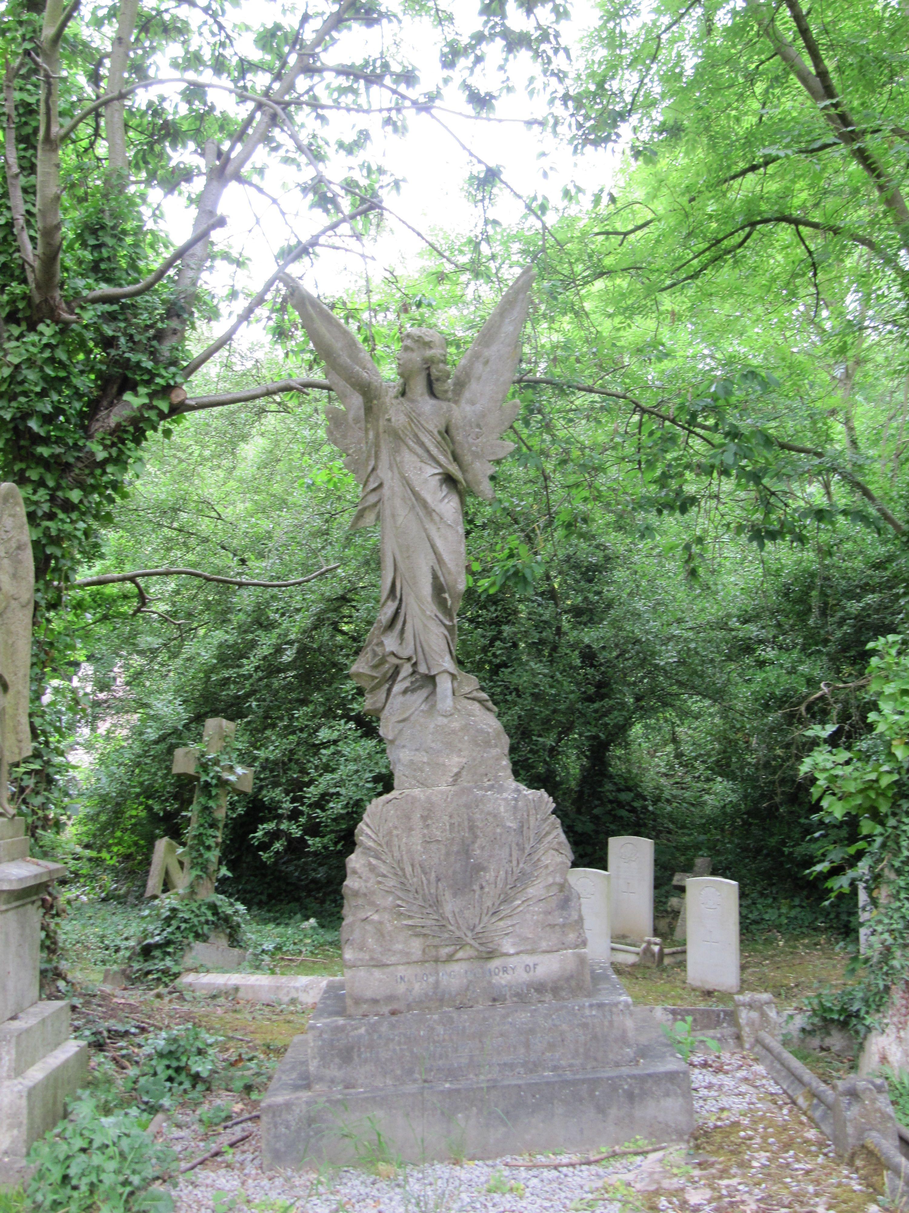Highgate Cemetery - London