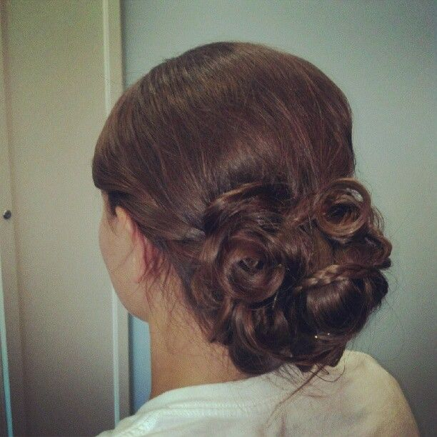 Low Messy Bun | Pretty hairstyles, Wedding hair and makeup, Keeping hair healthy