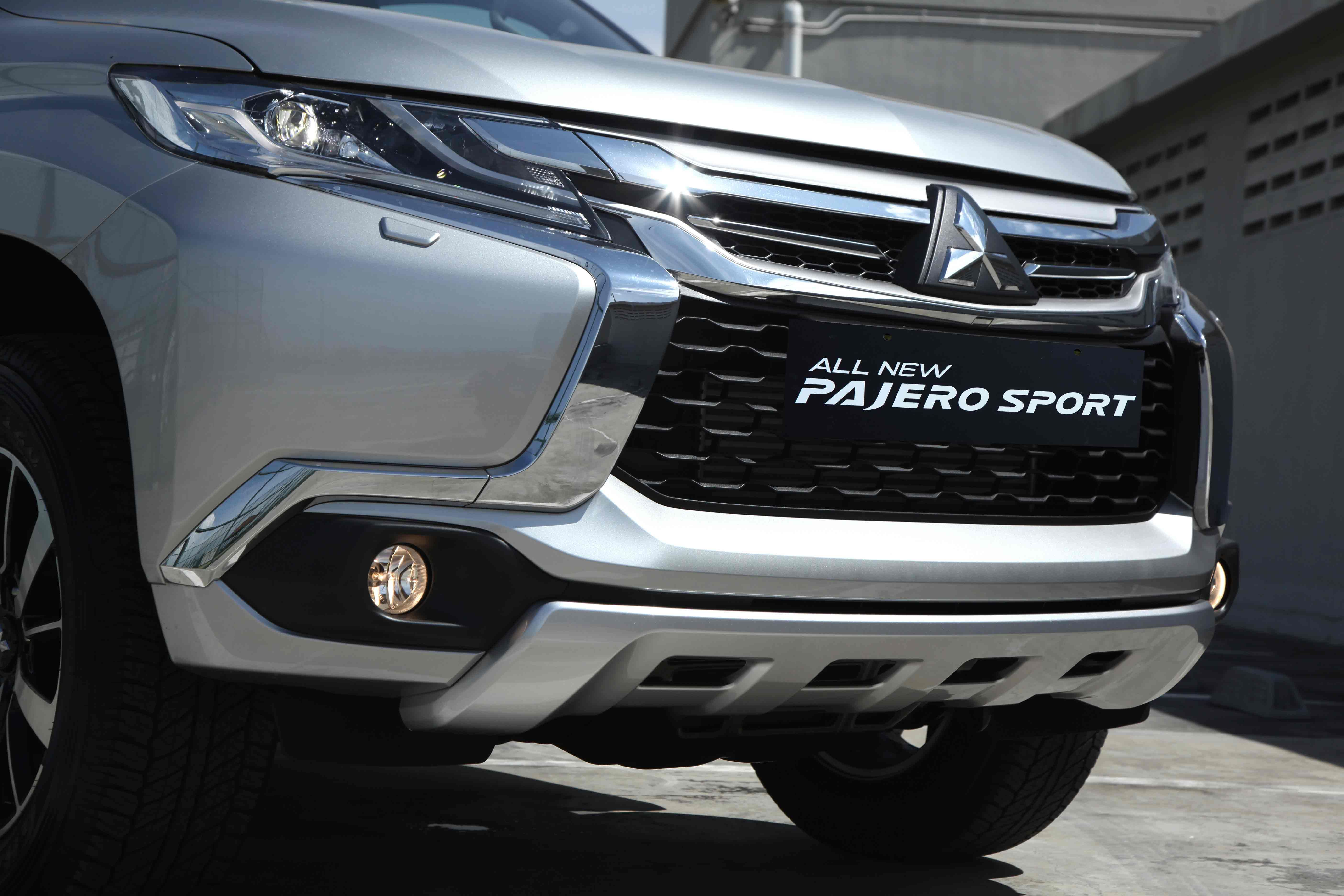 Body kits pajero 2016 body kits skirt full 3d design system with high quality standards quality of workpiece perfect precise scale all of this