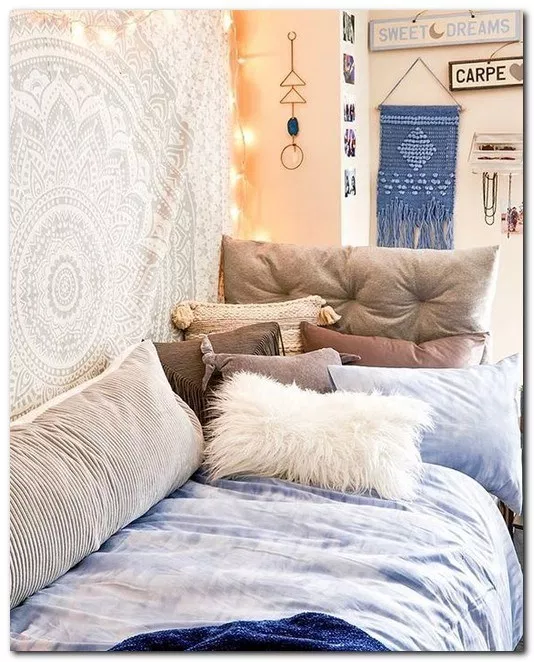 22 smart dorm room decorating ideas dormroomideas on cute bedroom decor ideas for teen romantic bedroom decorating with light and color id=11975