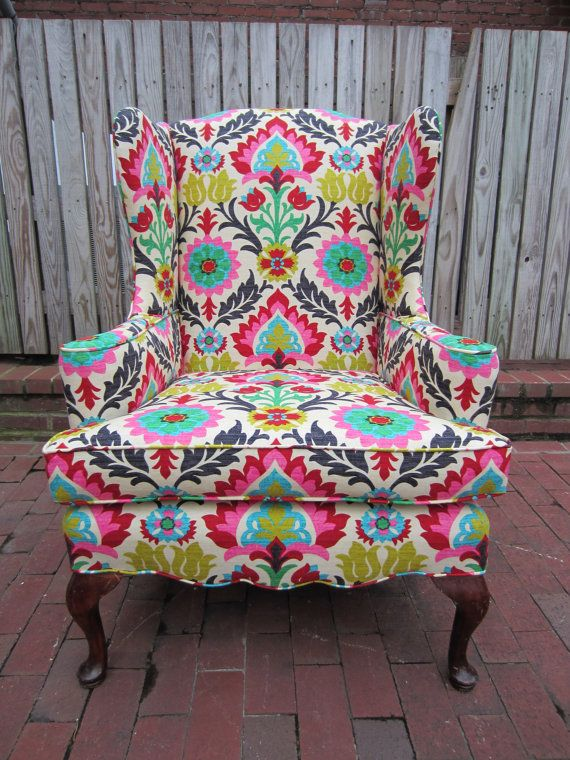 Beautiful chair {LOVE this wish I had it, and wish I had a place for it!}