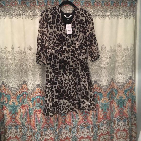 Diane vonFurstenberg dress New with tags size 4 dress Diane von Furstenberg Dresses