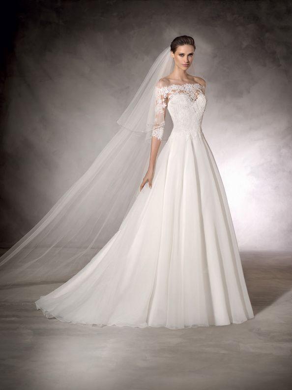 Svatební šaty BB Capsule by Pronovias Karen 2017  6d1af97ea6