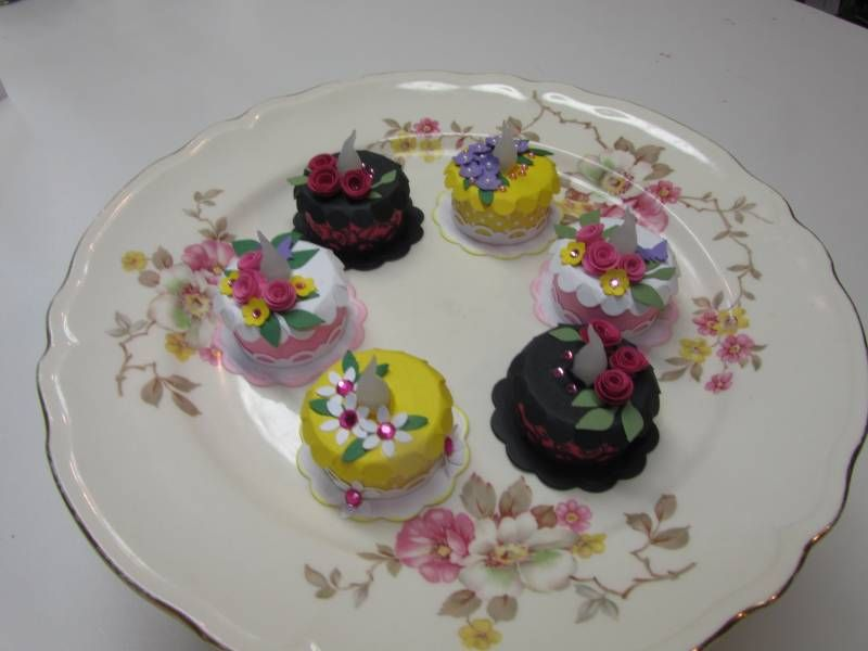 Tealight Birthday Cakes by lori92760 - Cards and Paper Crafts at Splitcoaststampers