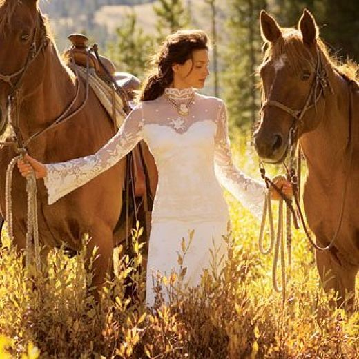 Rustic Country Western Wedding Dresses and Themes for any Cowgirl ...