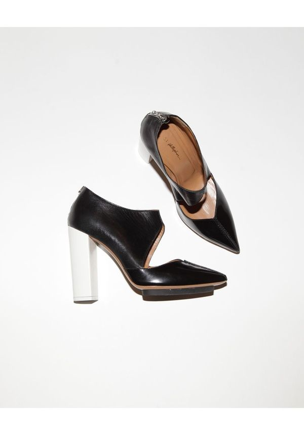 CUT OUT BOOTIE / PHILLIP LIM