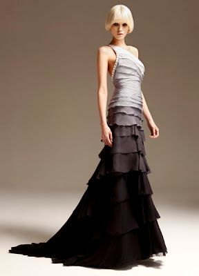 Atelier Versace Love It Liked Last Seasons Better Though Fashion Gowns Fashion Dresses
