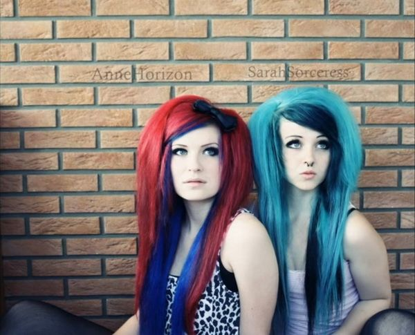sarah sorceress blaue haare look bunte haare blaue. Black Bedroom Furniture Sets. Home Design Ideas