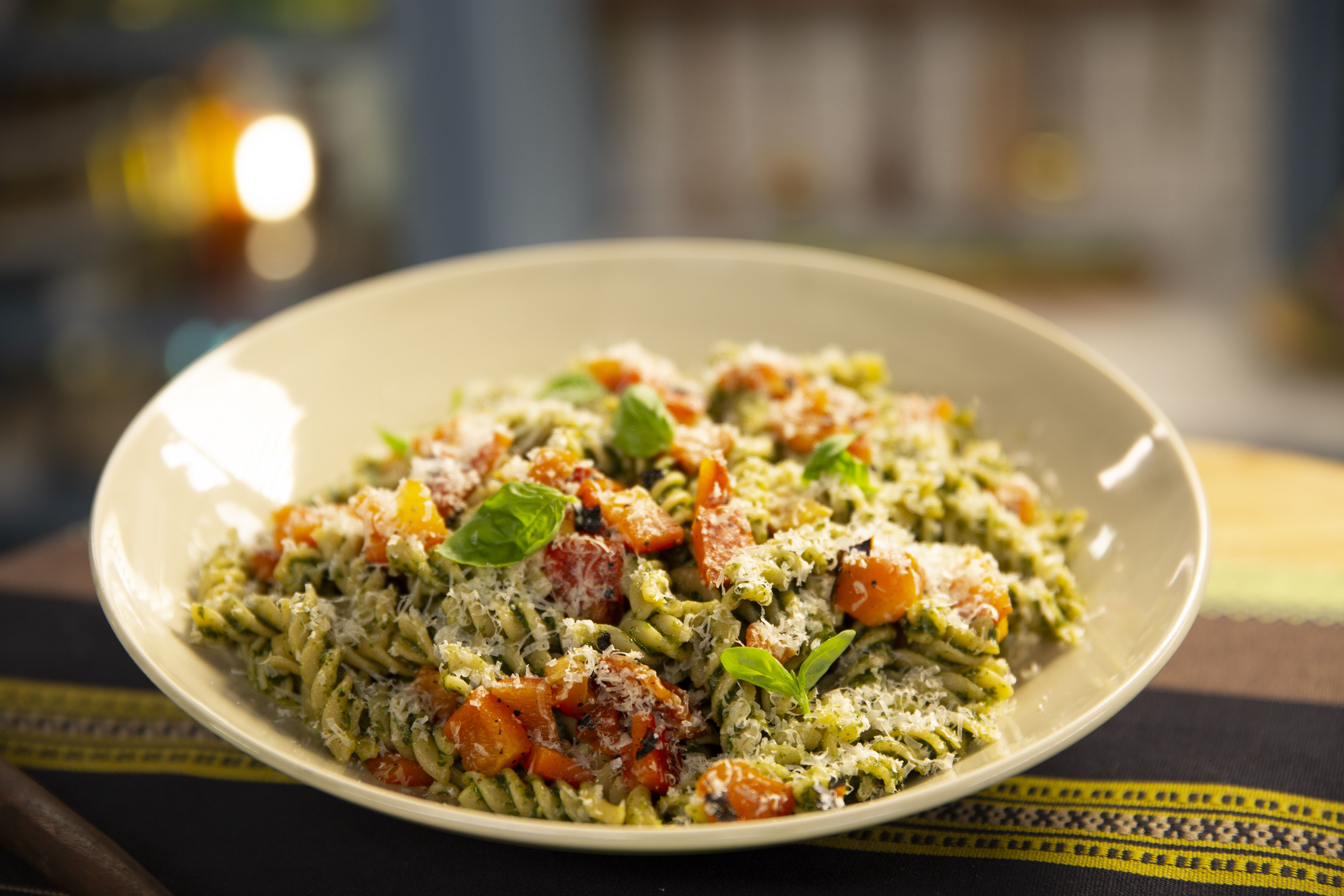 class of the day alex guarnaschelli s simple whole wheat pasta salad in 2020 chicken dinner recipes healthy meat recipes food network recipes pinterest