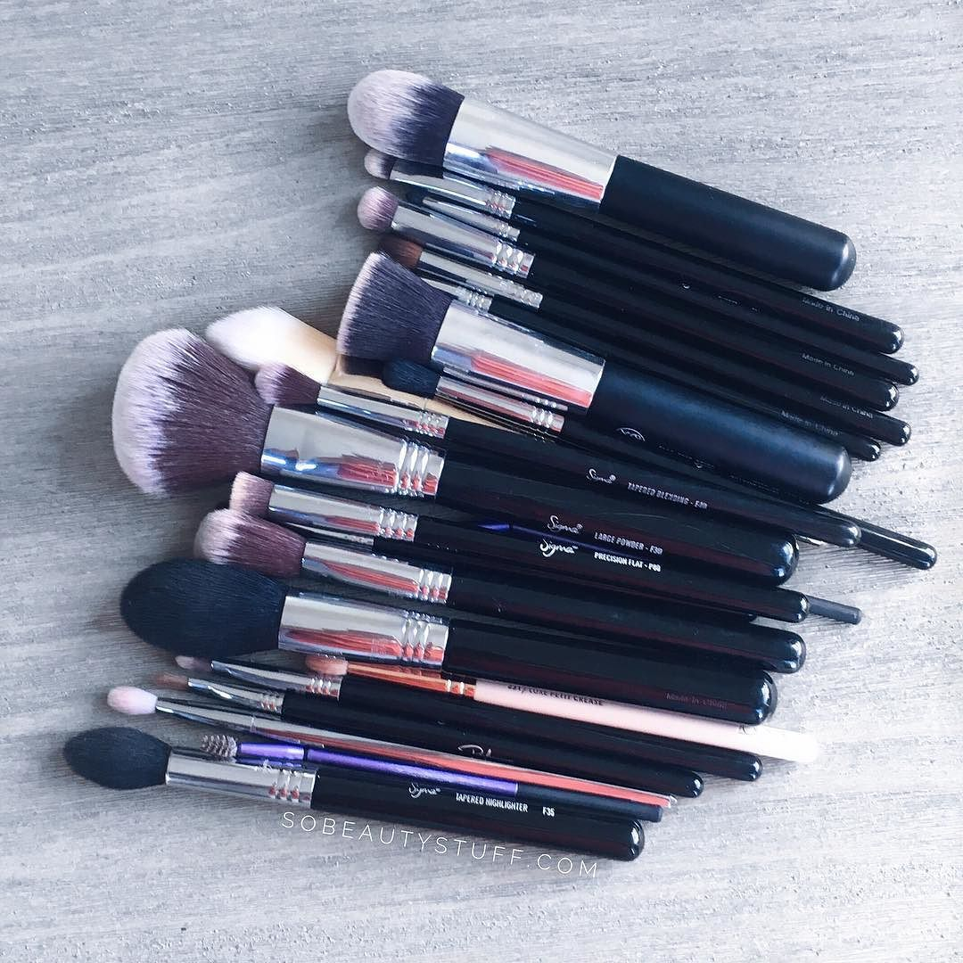 The ultimate guide to must have makeup brushes is now up