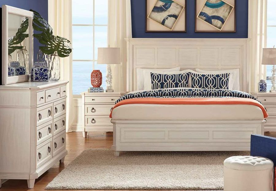 Home Insights Nantucket Queen Headboard Footboard Rails Dresser And Mirror Furniture Queen Headboard Home Furniture