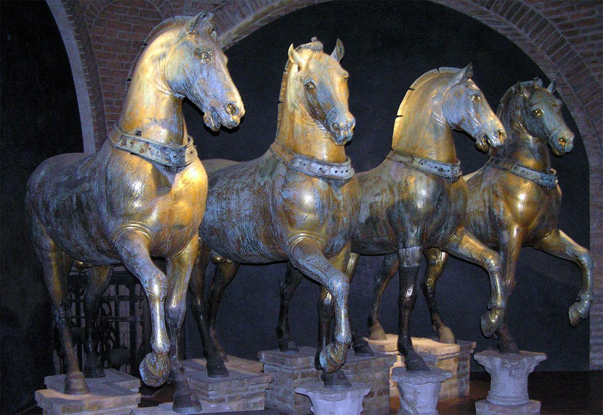 Caballos de bronce del Museo de la Basílica de San Marcos, Venecia ...