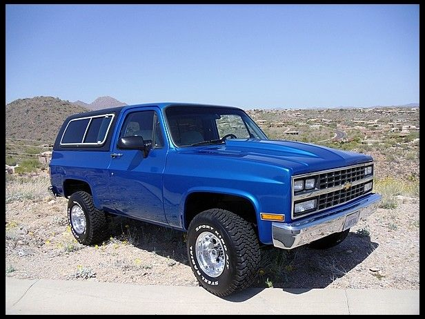 Like The Color And Maybe A Small Cowl Induction Hood K5 Blazer Chevy Blazer K5 Chevrolet Trucks