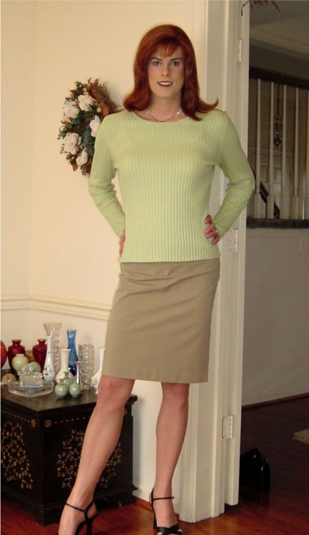 f663a39c3d1 cdmestephanie  hgillmore Well Dressed Crossdressers and Transgendered Women  Very pretty - so natural!