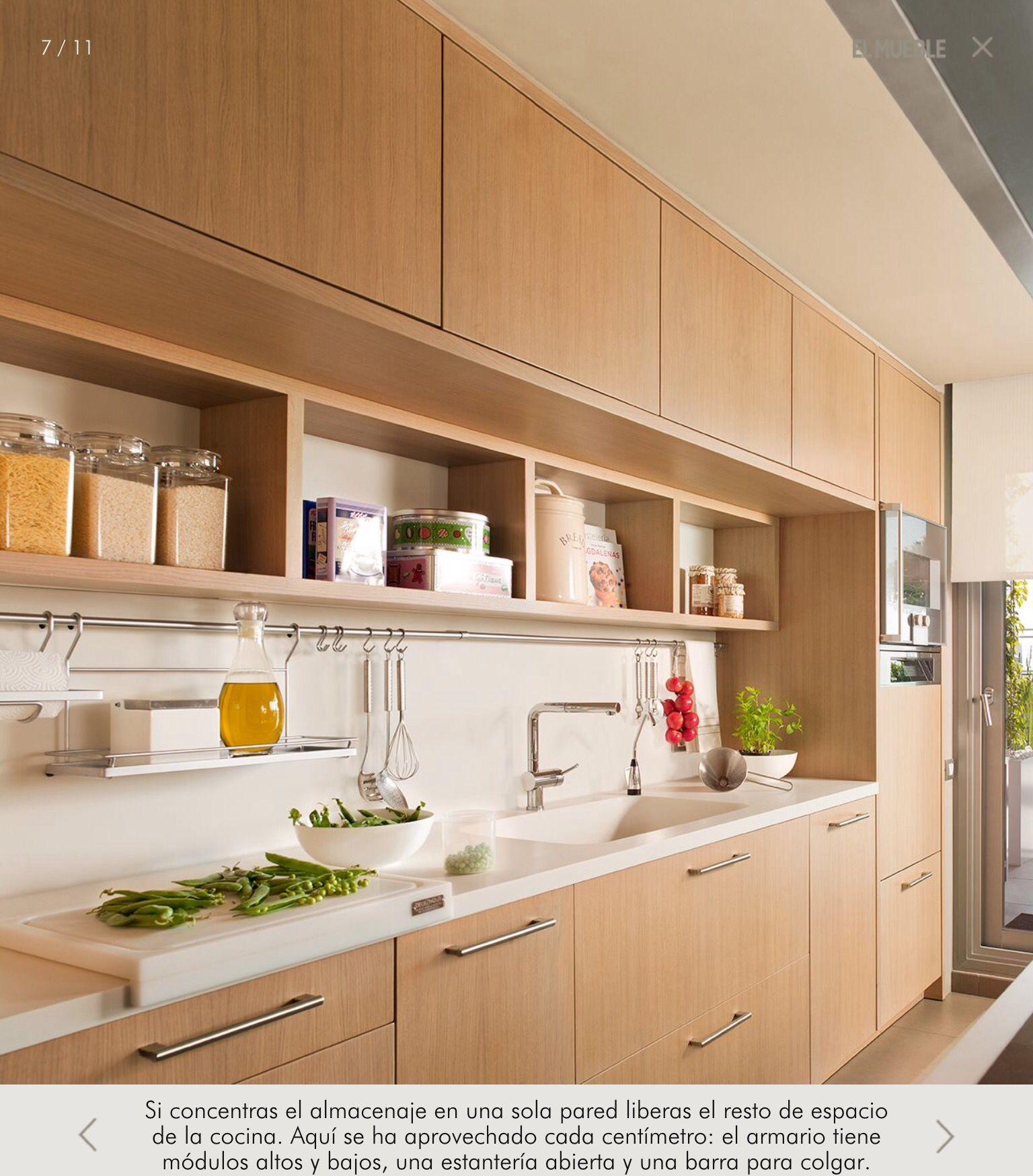 Muebles en madera clara y encimera en blanco | Cocinas | Pinterest