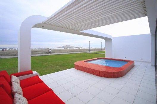 House in Beach Palabritas