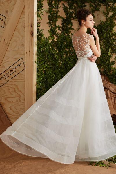 vestidos de novia carolina herrera 2017: romanticismo y elegancia en