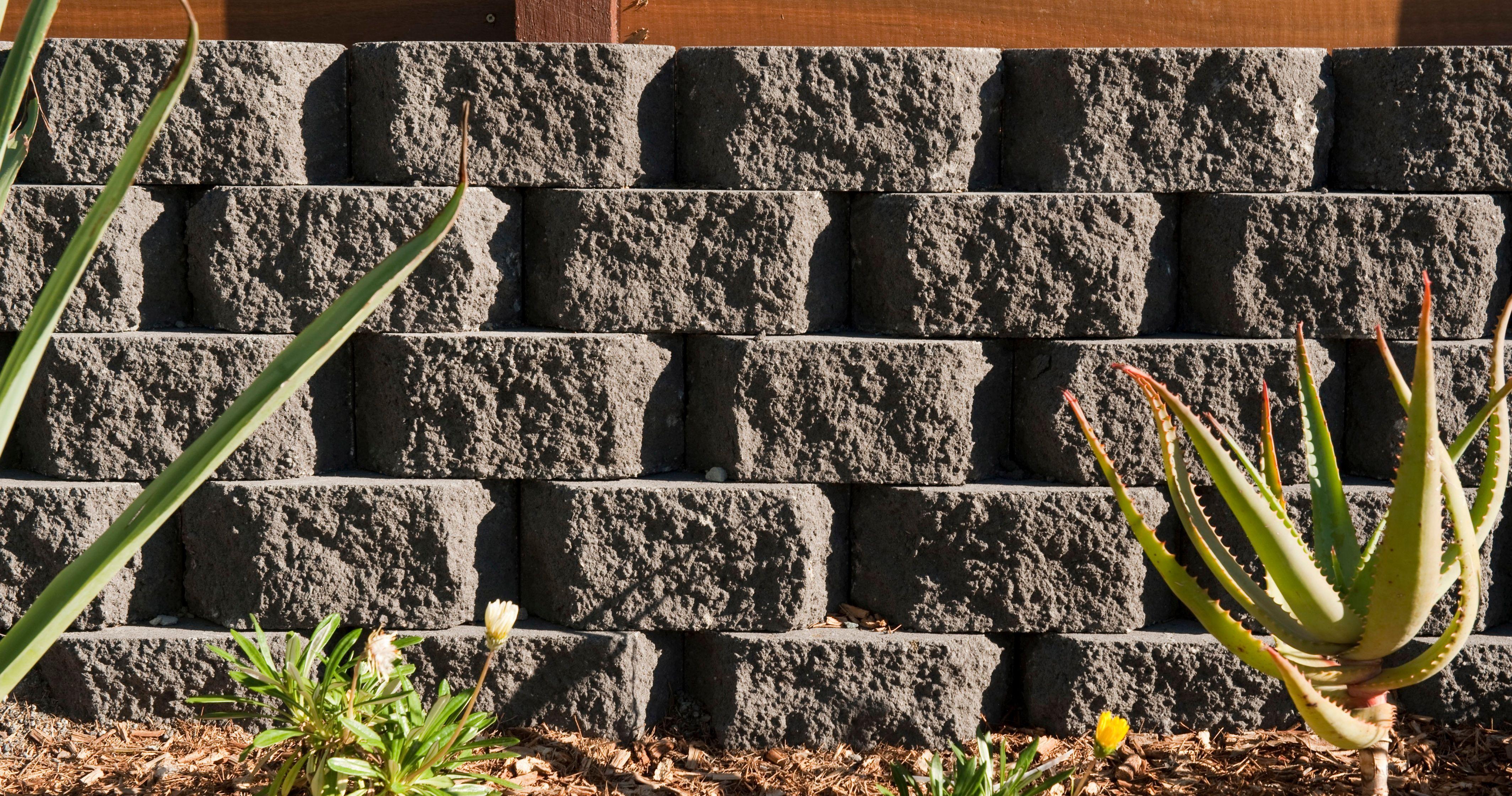 Gardenwall Retaining Wall Blocks Interlinking Blocks Makes Diy Easy In 2020 Retaining Wall Retaining Wall Blocks Landscaping Supplies