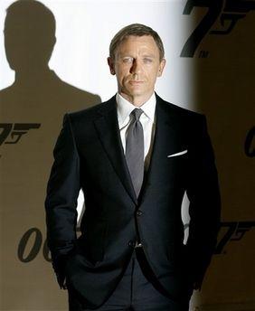 black suit: shirt & tie color combos - Page 2 | Gent's in ...