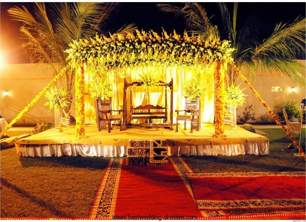 Mehndi Ceremony Stage : Outdoor indian wedding stage decorations mehndi