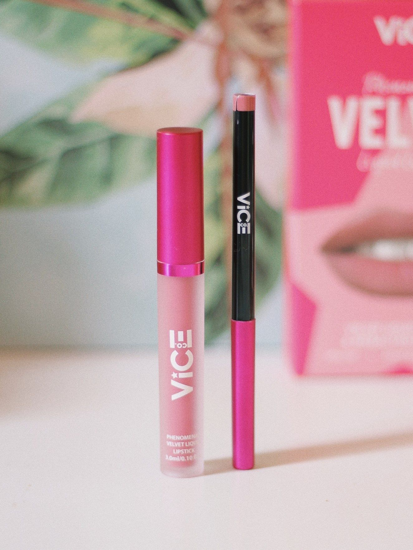 Vice Cosmetics Phenomenal Velvet Liquid Lip Kit Review Iteklavu