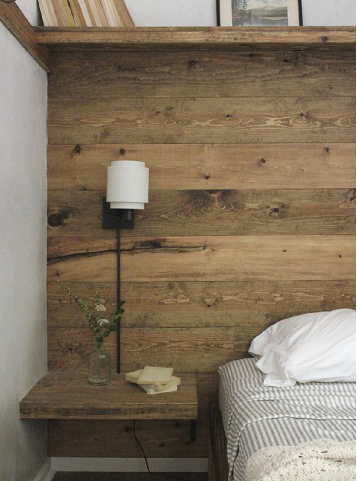 Wood Wall, side table | Reclaimed Wood Wall | Pinterest | Piso ...