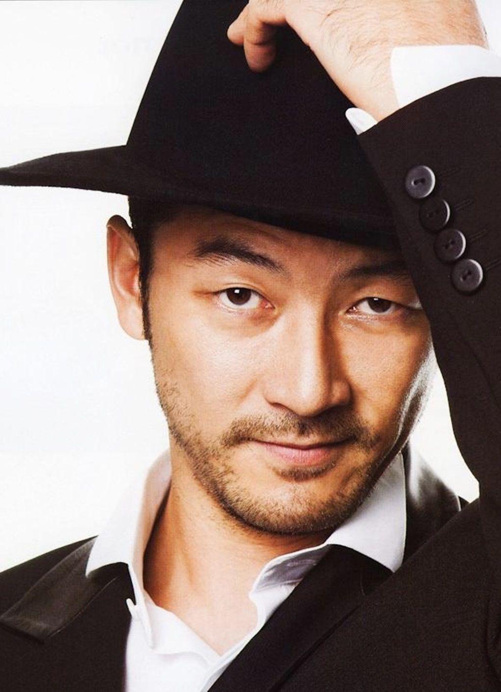 Best known for his sadistic portrayal of kakihara in ichi the killer, tadanobu asano, born tadanobu sato, started his acting career at the young age of 16. Pin on Asano Tadanobu