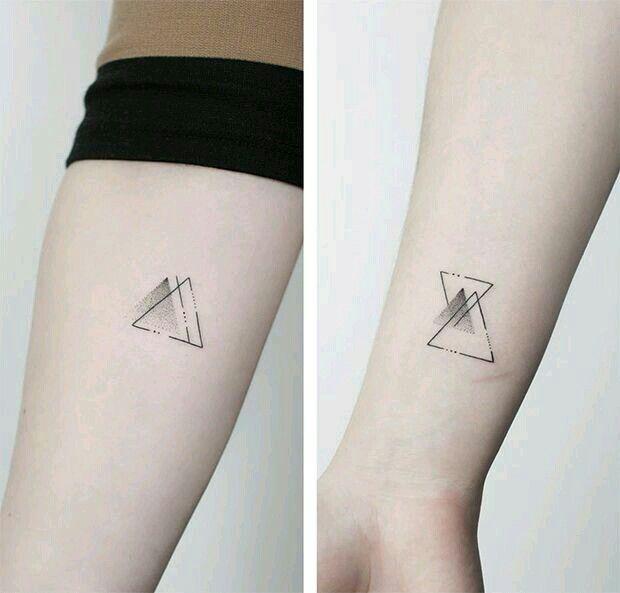 Prismas Tattoo Tatoo Pinterest Tatouage Tatouage Triangle