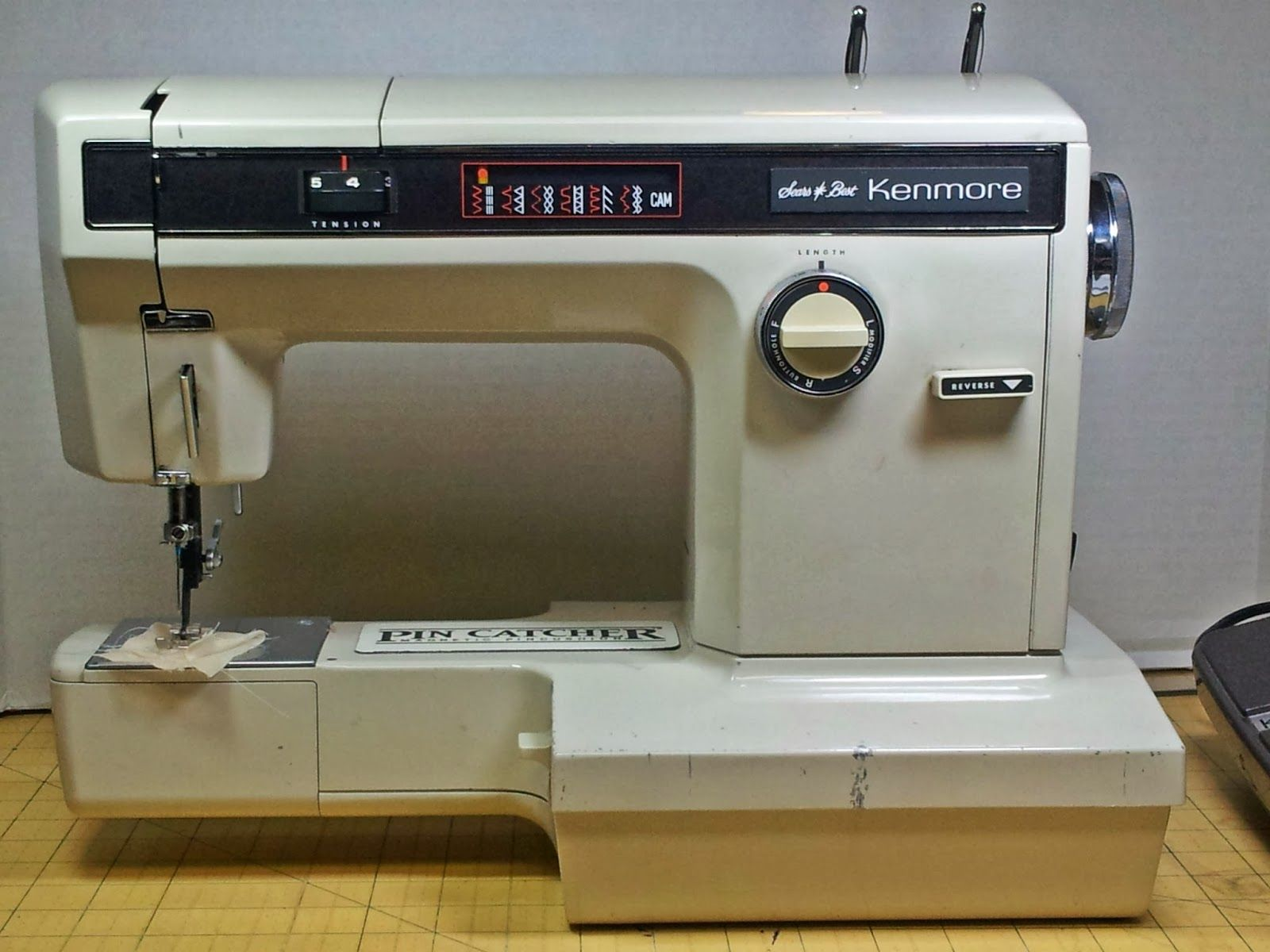 Christmas CraigsList: Ho Ho Sew (With images) | Sewing ...