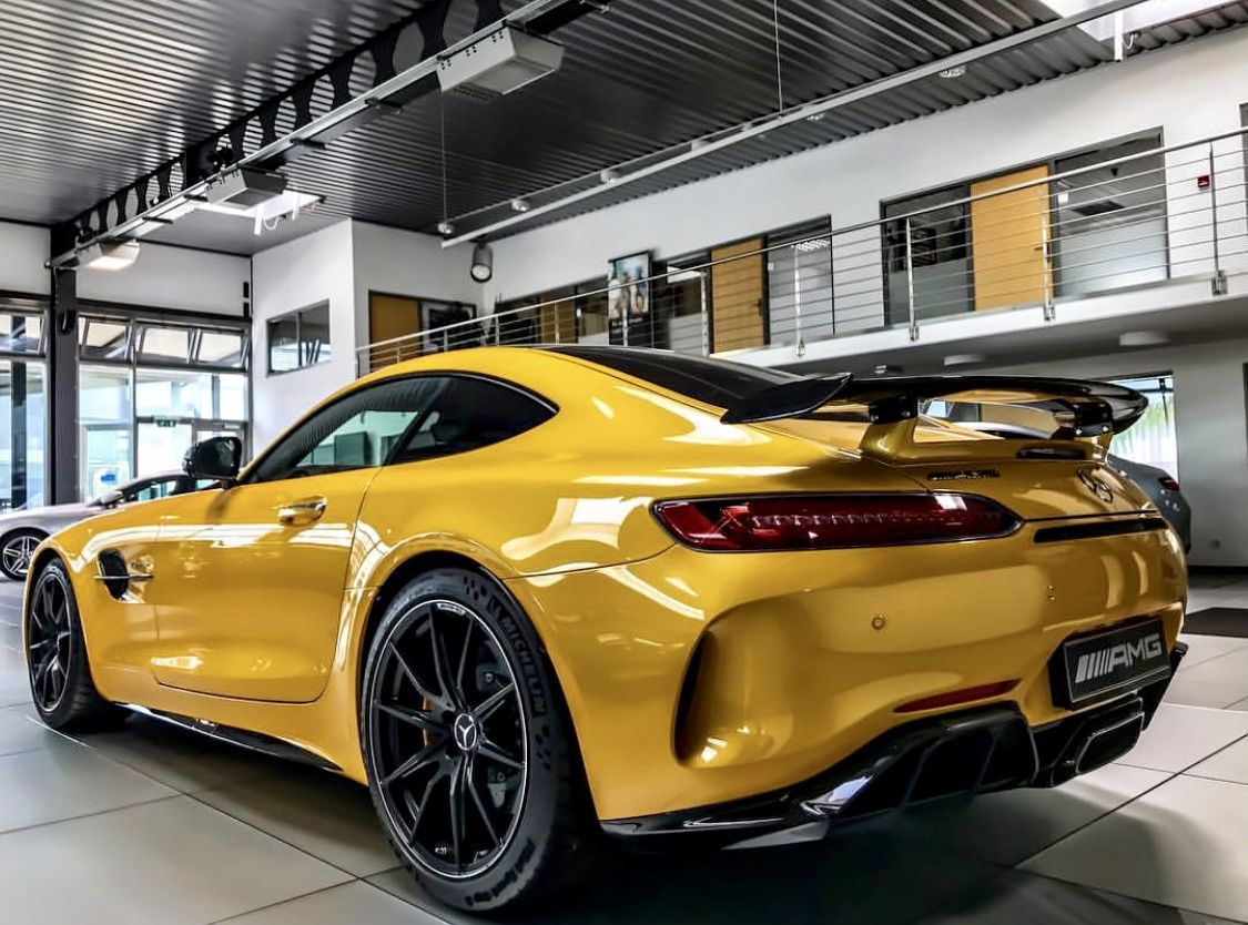 Amg Gtr Solarbeam Yellow Mercedes Amg Luxury Cars Mercedes Benz
