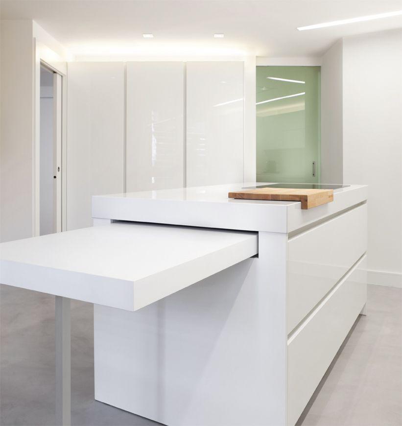 Mesa extraible distribucion cocina pinterest mesas cocinas y cocina oculta Mesa extraible cocina