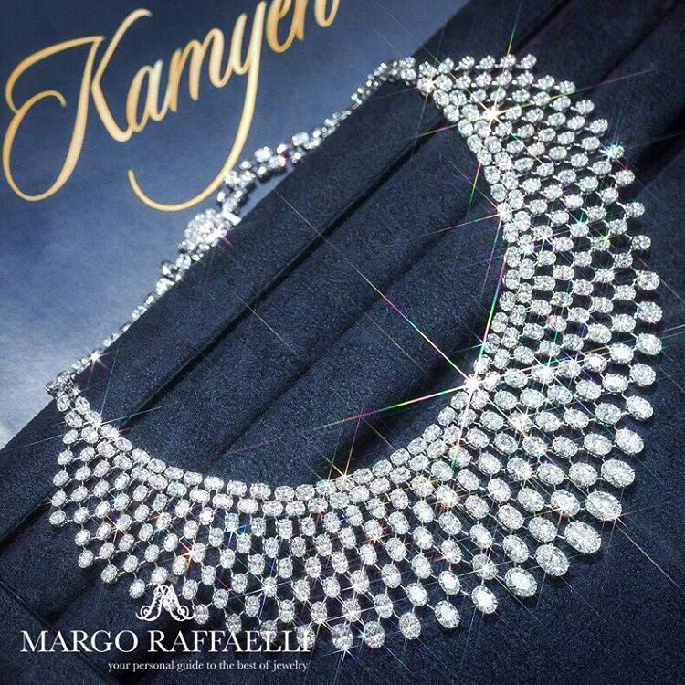 At @hernameismargo. 110 cts of diamonds in @kamyenjewellery necklace look magical ❤