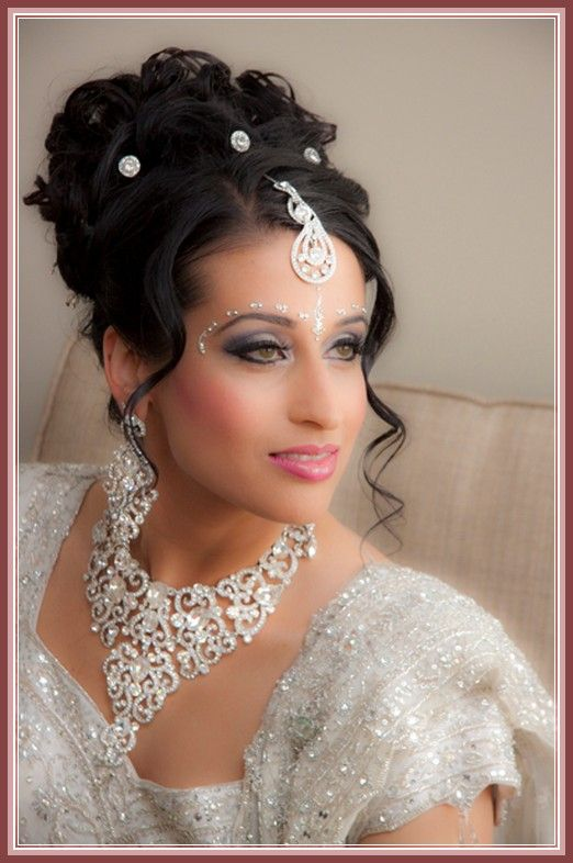 Indian Wedding Hairstyles For Medium Hair Google Search Wedding