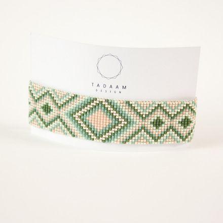 Bracelet tissé en perles miyuki / Perles argentées en plaquées Argent 925   Bracelet 100% fait à la main en France !!  ► DESCRIPTION   Longueur du bracelet : entre 13 e - 16662373