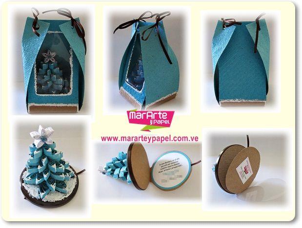 arbol de navidad de d en papel artesanal en d sobre base de madera redonda