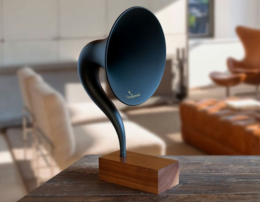 Everyone loves gramophones. Add bluetooth technology and thats how awesomeness is created.     Discover uncommon designs straight from your inbox - Check the link in bio!     superb #product by @gramovox