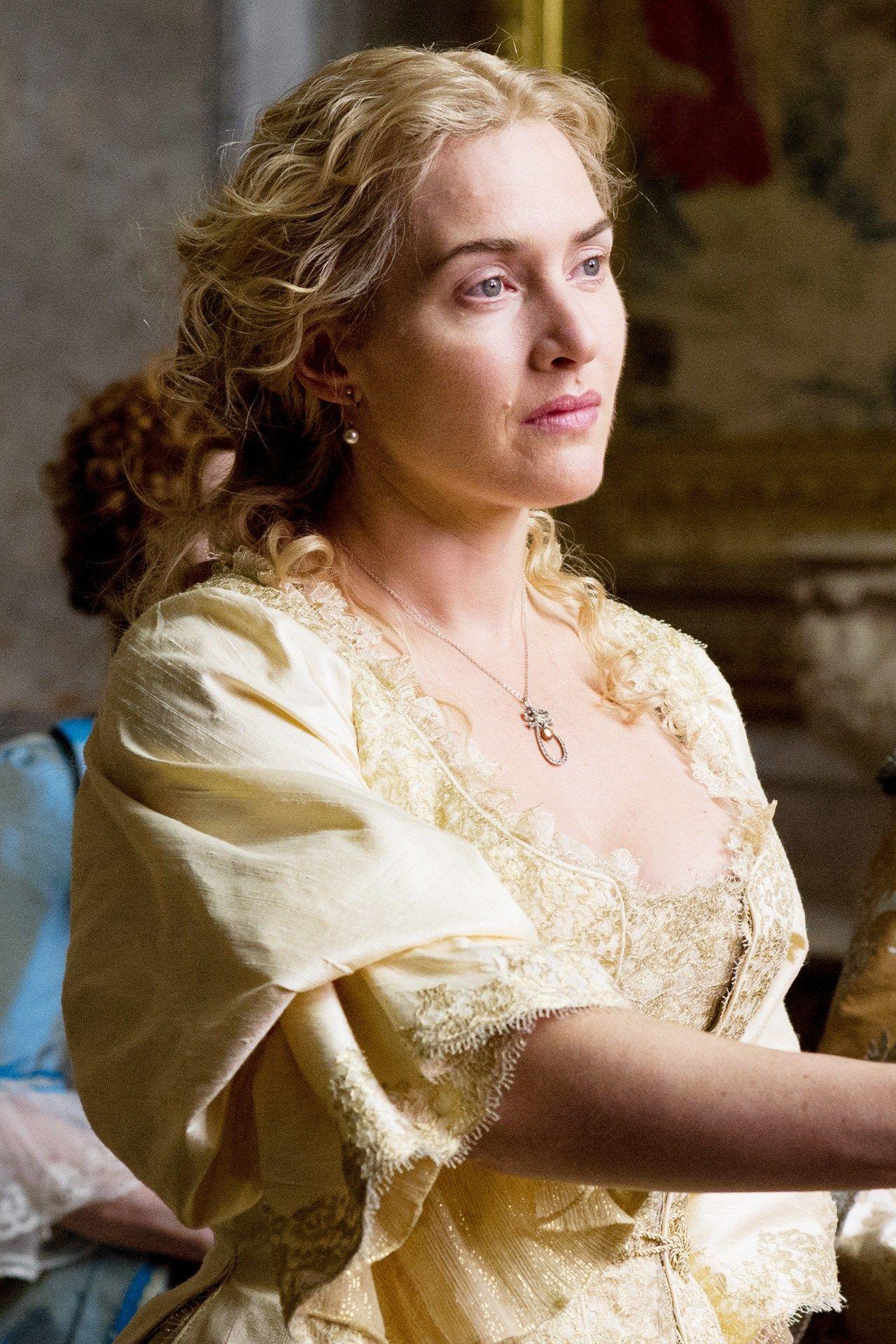 "Kate Winslet - ""A Little Chaos"" ( 2014) - Costume designer : Joan Bergin"