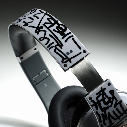 $235.00,Beats By Dr.Dre Graffiti Limited Edition On-ear Headphones Character - White : cheap Beats By Dre sale on www.ebeatspro.com