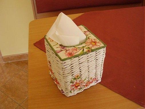 Pletená krabička na  vreckovky