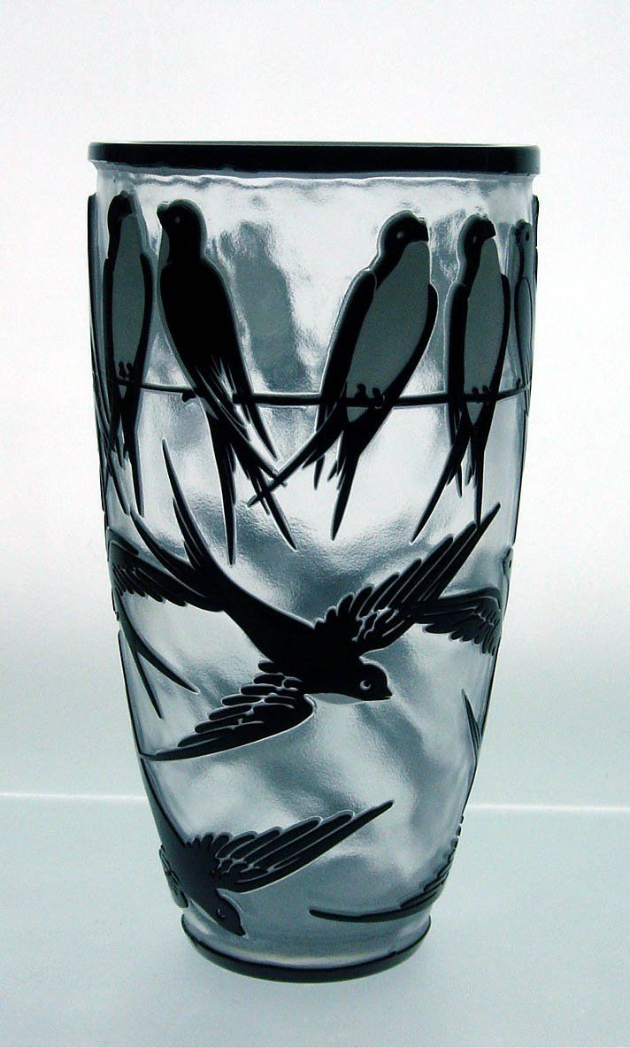 Gorgeous hand cut vase..i really love this