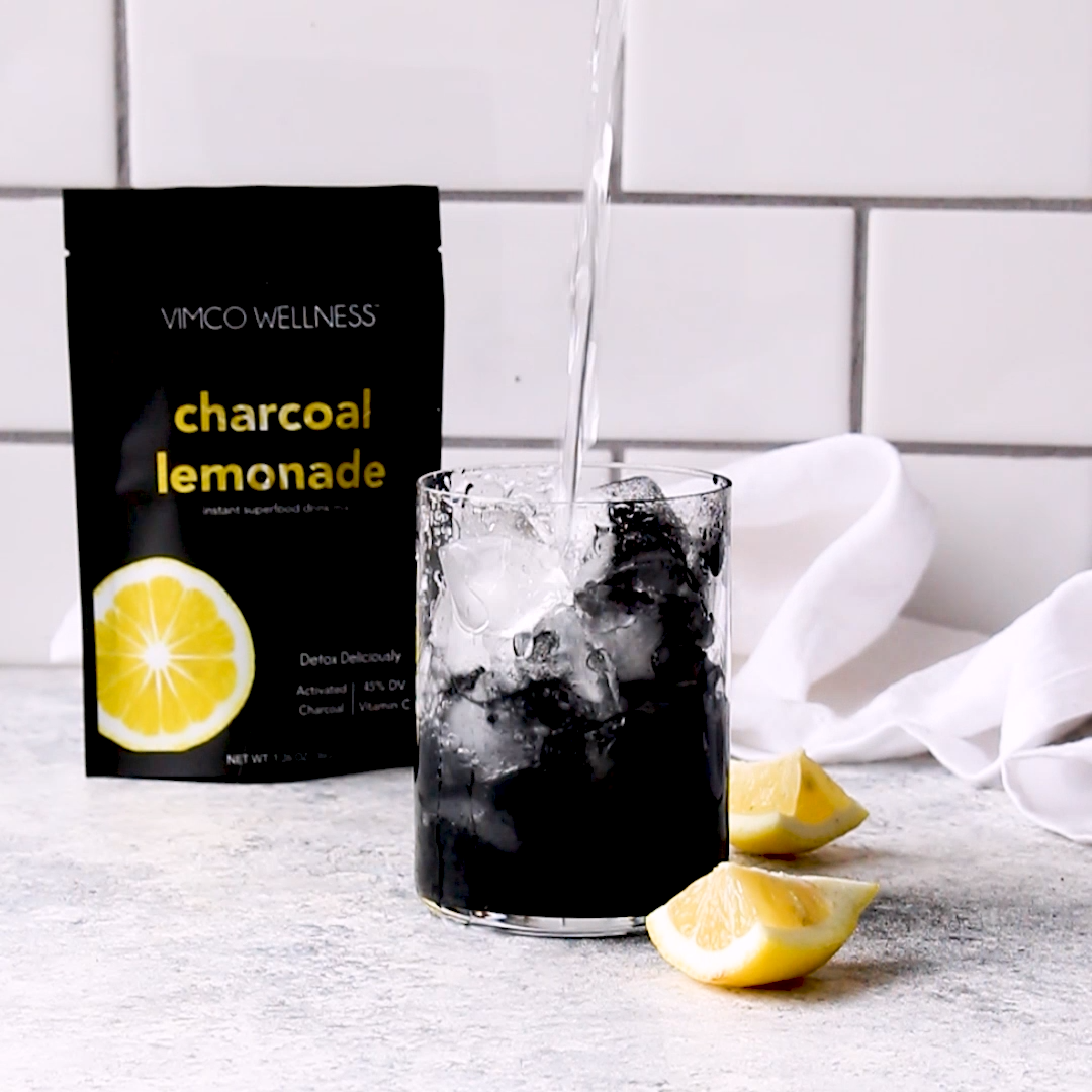 The world's fastest way to make Charcoal Lemonade! -   16 diet Snacks diy ideas