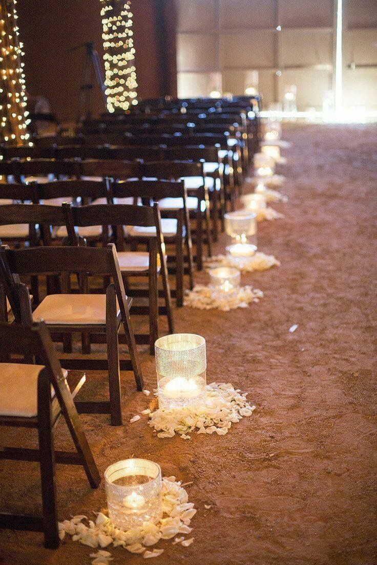 Nice 30 Indoor Barn Wedding Decor Ideas With Lights