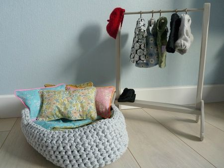 Little crib for the doll