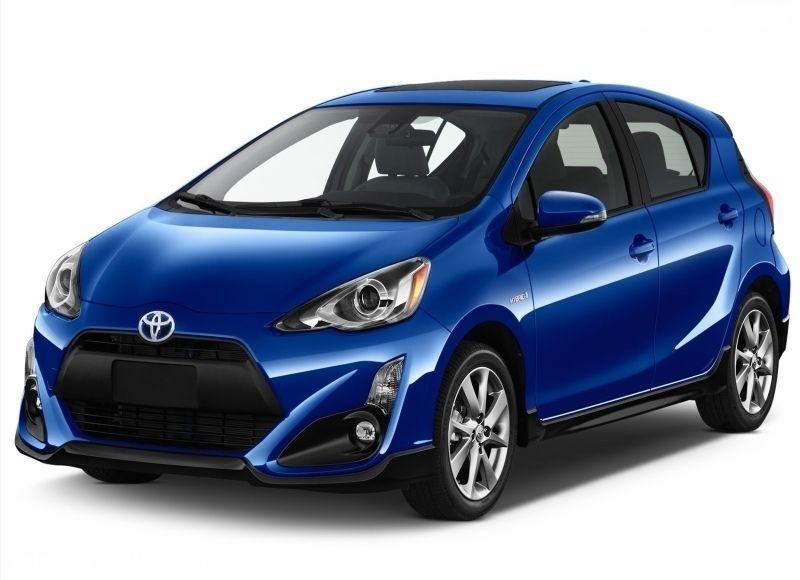 Toyota Prius c 2017 poster