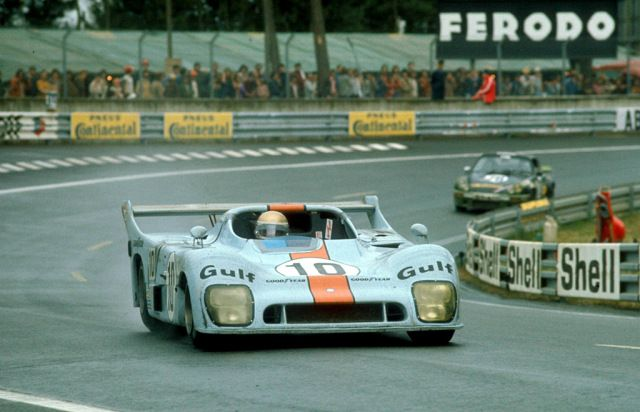 Meet The Ford Gt40 S Forgotten Stepsister Sports Car Racing Racing Le Mans