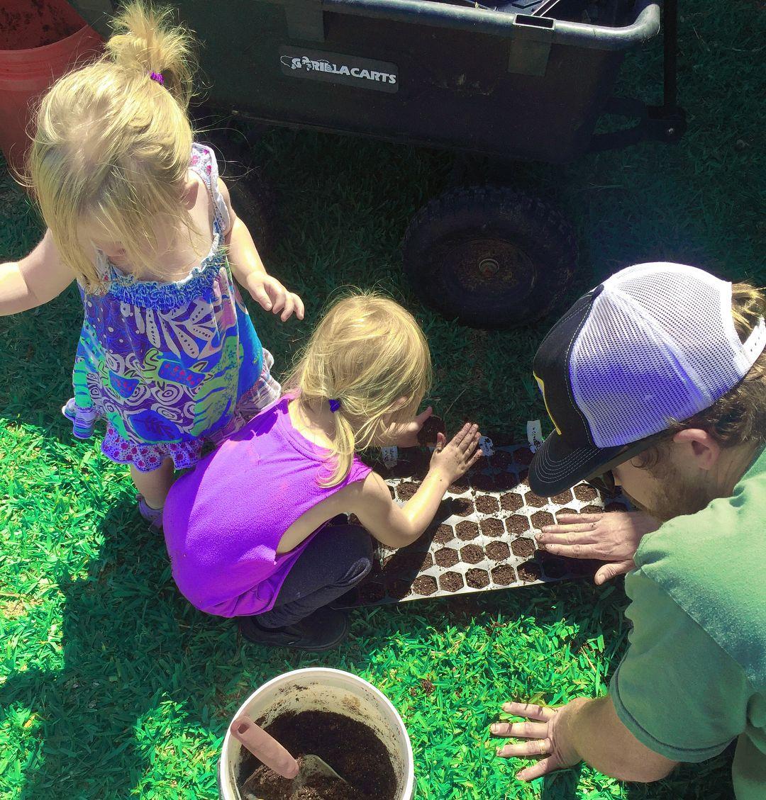 Daddy's Girls 🌱 #letlovegrow #growyourown #nature #organic #farm #love #family #familygoals